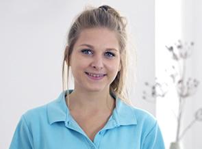 Zahnarzt Würzburg Helferin Michelle